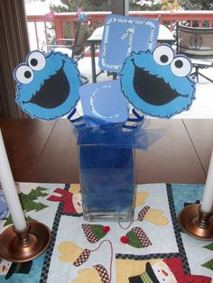 cookie monster table centerpieces | Ordinary Magic: Cookie Monster themed Birthday Party