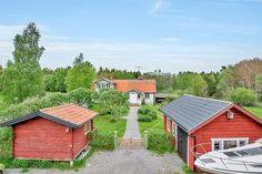 Idylliskt hus sålt genom Fastighetsbyrån i Norrtälje.