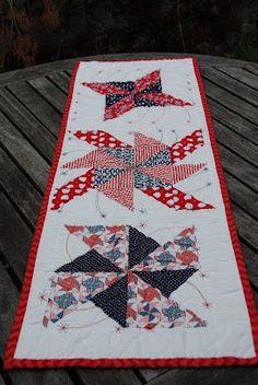"""""""Patriotic Pinwheels"""" runner (from Trillium Design)."""
