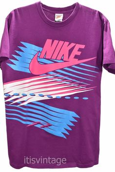 Vintage 80 s to early 90 s Nike Made USA Short Sleeve 100% Cotton Large T  Shirt aefb02337