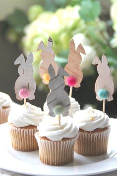 Spring Cupcake Toppers Those adorable cupcake toppers will be perfect addition to any party!