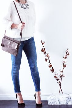 Pull-angora-Choies-Collier-strass-Next-Jean-bleu-destroy-Joe's-Jeans-Sac-Kate-Lee-Escarpins-Christian-Louboutin