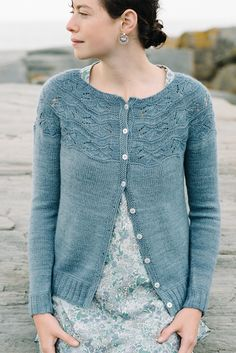 Sibella Cardigan pattern by Carrie Bostick Hoge @madder So lovely! #knitting #cardigan #pattern