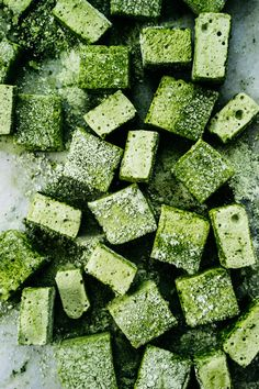 upgrade your matcha latte with these! Curl up by the fireplace and top your hot chocolate or green tea latte with homemade Matcha Marshmallows. Whip up a batch for a fun DIY holiday gift! Cake Matcha, Matcha Dessert, Matcha Mylkbar, Green Tea Recipes, Sweet Recipes, Snack Recipes, Delicious Recipes, Dessert Recipes, Pale Dogwood