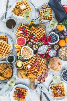 Chicken and waffles for brunch! And everyone can add their own fruit toppings! Healthy Breakfast Menu, Breakfast And Brunch, Breakfast Platter, Breakfast Recipes, Healthy Brunch, Breakfast Casserole, Breakfast Ideas, German Breakfast, Breakfast Waffles