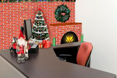 Ideas For Christmas Cubicle Decorations Lovetoknow Office Desk Xmas Ideas Christmas Ideas . Christmas Log, Simple Christmas, Christmas Crafts, Christmas Ideas, Christmas Vacation, Christmas 2015, Funny Christmas, Christmas Cubicle Decorations, Office Decorations