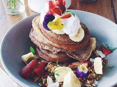 MOOK Pancakes heeft eigenhandig de missie opgezet om pannenkoeken extreem hip te gaan maken. Wij kunnen niet wachten. Lees hier alles over het concept >>