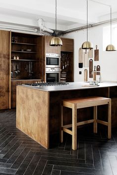 Made A Mano, Chevron Floor, Wine Photography, Interior Decorating, Interior Design, Family Kitchen, Tile Design, Black Wood, Pendant Lighting