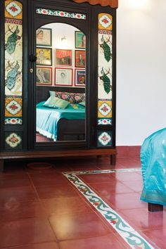 Chettinad house indian house painted chest traditional homes kerala - We Recently Fell In Love With The Usage Of Absolutely
