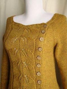Нежный пуловер и джемпер с красивым узором