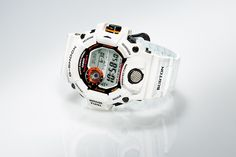 Burton teams up with Casio G-Shock on a special-edition RANGEMAN GW-9400, featuring a design inspired by a snow-capped mountain.