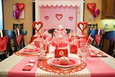 valentine's day kids party- http://atozebracelebrations.com/2013/01/sweet-valentines-day-party.html