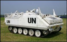 A from the Royal Dutch army, seen here in a white UN livery. This unit is part of the museum from the 330 Logistic Platoon. Army Vehicles, Armored Vehicles, Sheridan Tank, Lav 25, Armored Fighting Vehicle, Modern Warfare, War Machine, Colours, United Nations