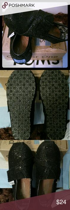 NWT Black Glitter TOMS for Toddler New w/Box TOMS for Toddler TOMS Shoes