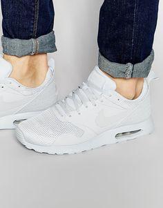 Nike Air Max Tavas Sneakers 705149-022