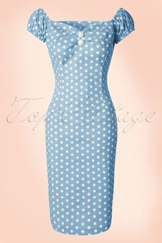 Hola sigñorita! This 50s Dolores Polkadot Pencil Dress can't be missed in your retro wardrobe ;-)Top in carmen style, cute puffy sleeves which can be worn off-shoulder and pleats at the bust for a beautiful cleavage. Made from a light blue cotton blend with a light stretch and a playful white polkadot print which will hug your curves beautifully.The always oh so pretty Dolores!   Elastic sleeves 2 faux buttons at the bust Zipper at the back Sexy slit at the back Hits just b...