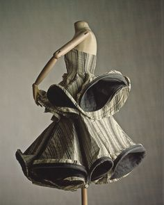 """Yohji Yamamoto, crinolated dress from the """"Wedding"""" collection, Spring–Summer 1999. Collection of Allen Sui Photography: William Palmer"""