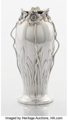 AN AMERICAN SILVER PAPERWEIGHT VASE. George W. Shiebler & | Lot #71471 | Heritage Auctions American Indian Art, Tribal Art, Art Auction, Paper Weights, Antique Silver, Art Decor, Glass Art, Contemporary Art, Illustration Art