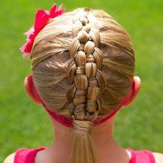 Zipper braid! One of my favorites! #twinshair #cghzipperbraid http://youtu.be/_TEBfvmH2f0