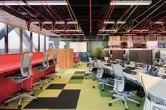 Workstations at One Shelley Street, Sydney, NSW Designed by Woods Bagot Pty Ltd