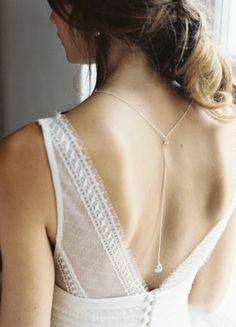 """""""Victoria"""" Collier de dos au charme chic pour robe mariée dos nu"""