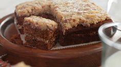 Gâteau Reine-Élizabeth Cake Recipes, Dessert Recipes, 6 Cake, Dessert Aux Fruits, Just Desserts, Muffins, Coco, Banana Bread, Biscuits