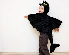 """Toothless"" the Night Fury kids costume (Black Dragon)"