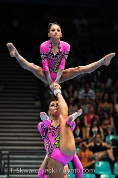 Acrobatic Gymnastics World Championships - Wroclaw 2010 Gymnastics Tricks, Gymnastics World, Gymnastics Poses, Acrobatic Gymnastics, Gymnastics Pictures, Sport Gymnastics, Artistic Gymnastics, Olympic Gymnastics, Gymnastics Problems
