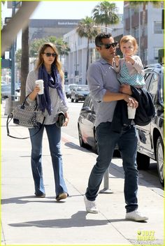Jessica Alba and Cash Warren take their daughter Haven to breakfast on May 28, 2013