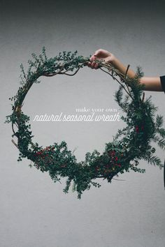 A Month of Merriment - DIY Natural Seasonal Wreath | Treasures & Travels