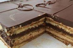 L'Opéra, ce gâteau à la ganache au chocolat, est une star dans les pâtisseries. C'est un gâteau savoureux et riche