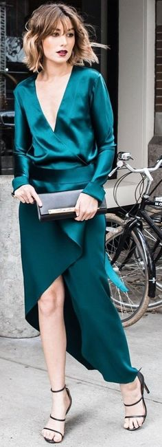 The Chronicles Of Her Teal Satin Cocktail Dress Fall Inspo - Total Street Style Looks And Fashion Outfit Ideas Trendy Dresses, Fall Dresses, Elegant Dresses, Beautiful Dresses, Nice Dresses, Evening Dresses, Casual Dresses, Prom Dresses, Fall Cocktail Dress