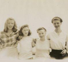Sylvia on the right. Sylvia Plath, Lesbian, Ted, Sailing, Author, Couple Photos, Books, Massachusetts, Vineyard