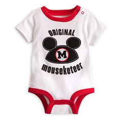 With summer in full swing and the temperatures rising, it's a great time to check out these Disney Baby Bodysuits for Your Baby Boy