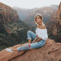 """17.5k Likes, 196 Comments - zoë isabella poetry☾ (@zoelaz) on Instagram: """"yesterday as we hiked around Zion we ran into so many foreigners, and I just thought to myself,…"""""""