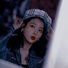Korean Aesthetic, Blue Aesthetic, Aesthetic Photo, Aesthetic Pictures, Kpop Girl Groups, Kpop Girls, Emo Anime Girl, Shot Hair Styles, Artists And Models
