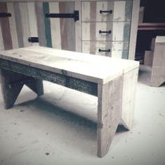 Bankje van oud steigerhout. 75,- in de shop! Lijnm.com