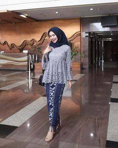 Kebaya Modern Hijab, Dress Brokat Modern, Kebaya Hijab, Batik Kebaya, Kebaya Muslim, Dress Brukat, Hijab Dress Party, Muslim Fashion, Hijab Fashion