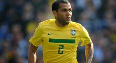 Dani Alves Pilih Spanyol Favorit Juara Piala Dunia 2014
