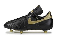 The original Nike Tiempo D. Puma was always my boot of choice but these just ooze #SEX.