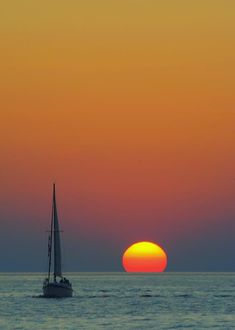 ✯ Sailing off into the Sunset