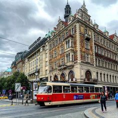 Although Prague's transportation system covers all over the city through public buses metros and trams but discovering the city on foot is totally different experience because of the wonderful architecture and sightseeings  #travelgram #traveler #igtravel #travelingram #travelblog #lonelyplanet #travelblogger #traveller #instatraveling #travel #adventure #wanderlust #instatravel #travelling #tourism #instapassport #backpacker #traveldiaries #mytravelgram #bucketlist #trip #vacation #holiday…