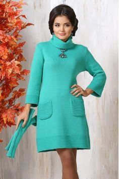 Трикотажное платье бирюзового оттенка