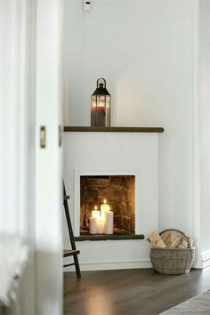This is absolutely perfect I will definitely do this, it's life having a fireplace without all the money and massive commitment! in fireplace ideas fire places On révise ses classiques - PLANETE DECO a homes world Candles In Fireplace, Faux Fireplace, Fireplace Design, Simple Fireplace, Farmhouse Fireplace, Corner Fireplaces, Empty Fireplace Ideas, Fireplace Facing, Country Fireplace