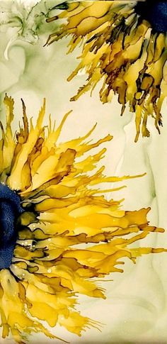 Sunflowers in alcohol ink on ceramic tile by Tina - Acrylic pouring - Alcohol Ink Tiles, Alcohol Ink Crafts, Alcohol Ink Painting, Alcohol Inks, Sunflower Art, Silk Painting, Painting On Tiles, Gouache Painting, Spray Painting