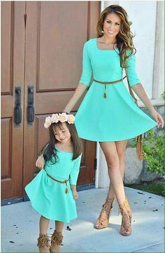 😍😍 by {tap photo for outfit details} Mother Daughter Photos, Mother Daughter Matching Outfits, Mother Daughter Fashion, Mommy And Me Outfits, Mom Daughter, Matching Family Outfits, Kids Outfits, Mother Daughters, Cute Dresses