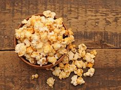 Popcorn maison au miel, zeste d'orange, gingembre moulu et graines de sésame - Miels d'Anicet