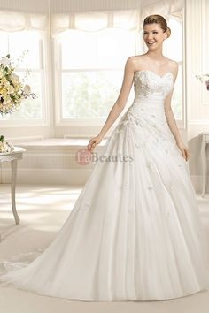 2013 Wedding Dresses A-Line Sweetheart Court Train Organza