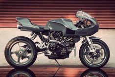 Ducati Evoluzione By A Friend Of Angus Dykman, Via Pipeburn. Ducati Motorcycles, Vintage Motorcycles, Custom Motorcycles, Custom Bikes, Ducati Cafe Racer, Cafe Racers, Ducati 1299 Panigale, Ducati Sport Classic, Retro Bike