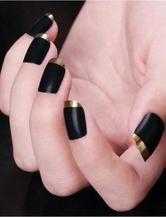 Black Gold Nails latest nail art designs 2016 - style you 7 - latest nail art designs for you to choose from. So, sport a vibrant nail art design and celebrate the festival of colors in style Nail Art Designs 2016, Nail Art 2014, Fancy Nails Designs, Gold Tip Nails, Black Gold Nails, Silver Nails, Nice Nails, Matte Black, Latest Nail Art